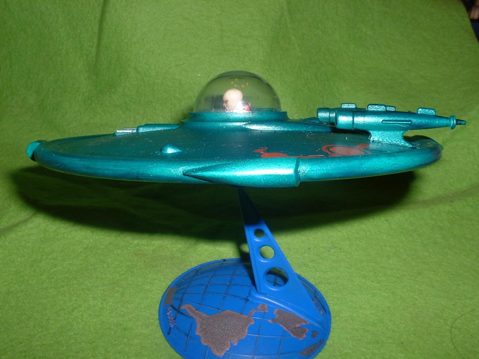 1997.06完成 グレンコモデル「UFO」その4.JPG