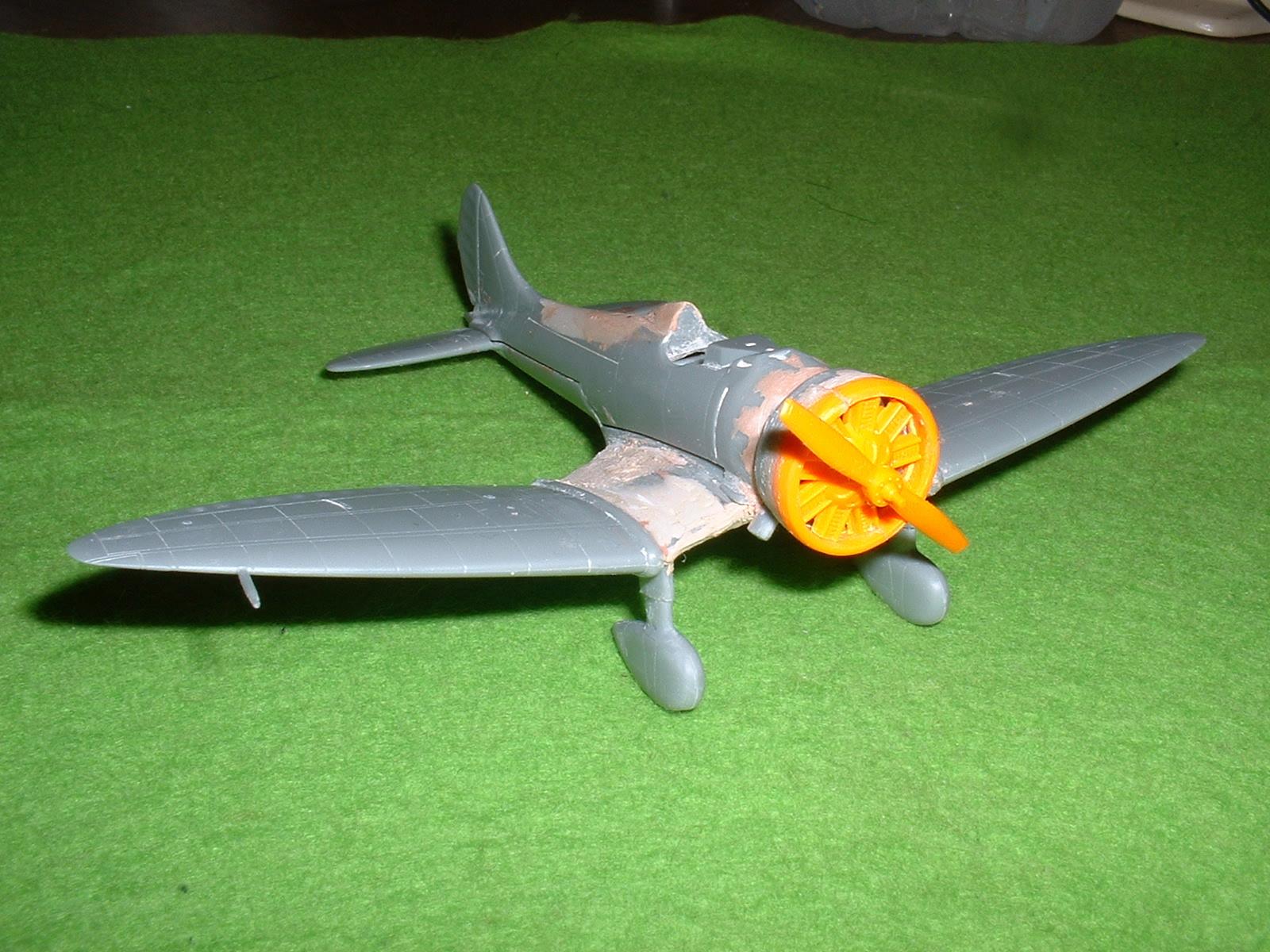 2013.07.21 72分の1「9試単座戦闘機」その1 Douro-TAO.JPG