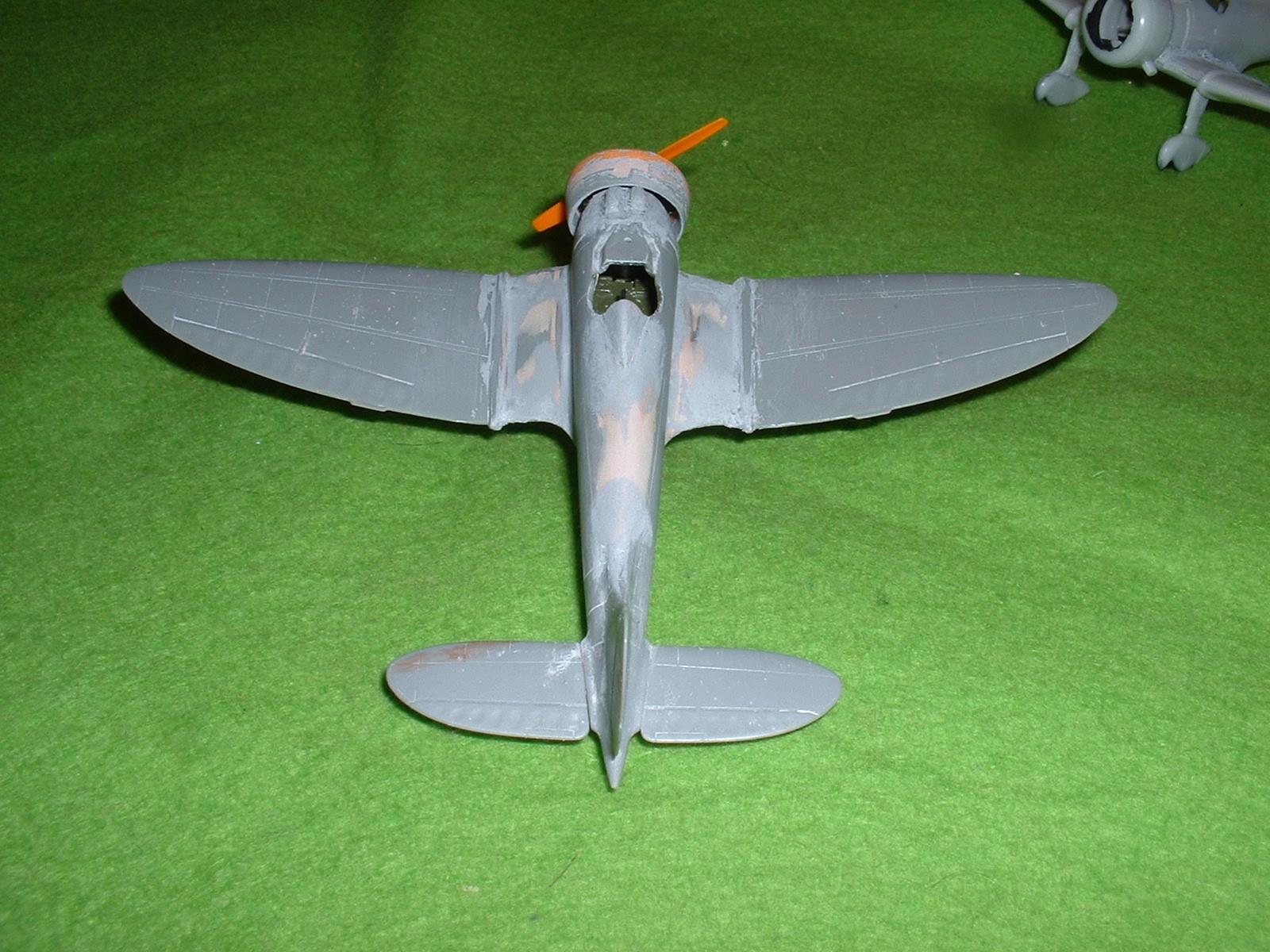 2013.08.25 時点での72分の1「9試単座戦闘機」その2 Douro-TAO.JPG