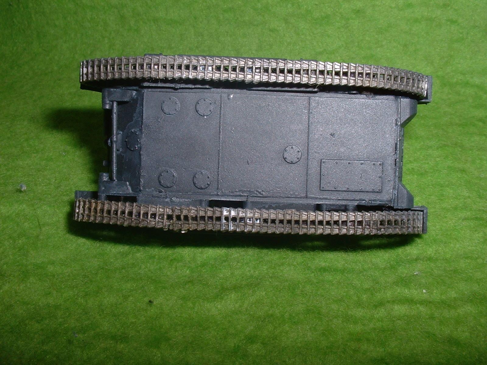 2015.10 .17完成  フジミ 76分の1 「1号戦車B型」その7 .JPG
