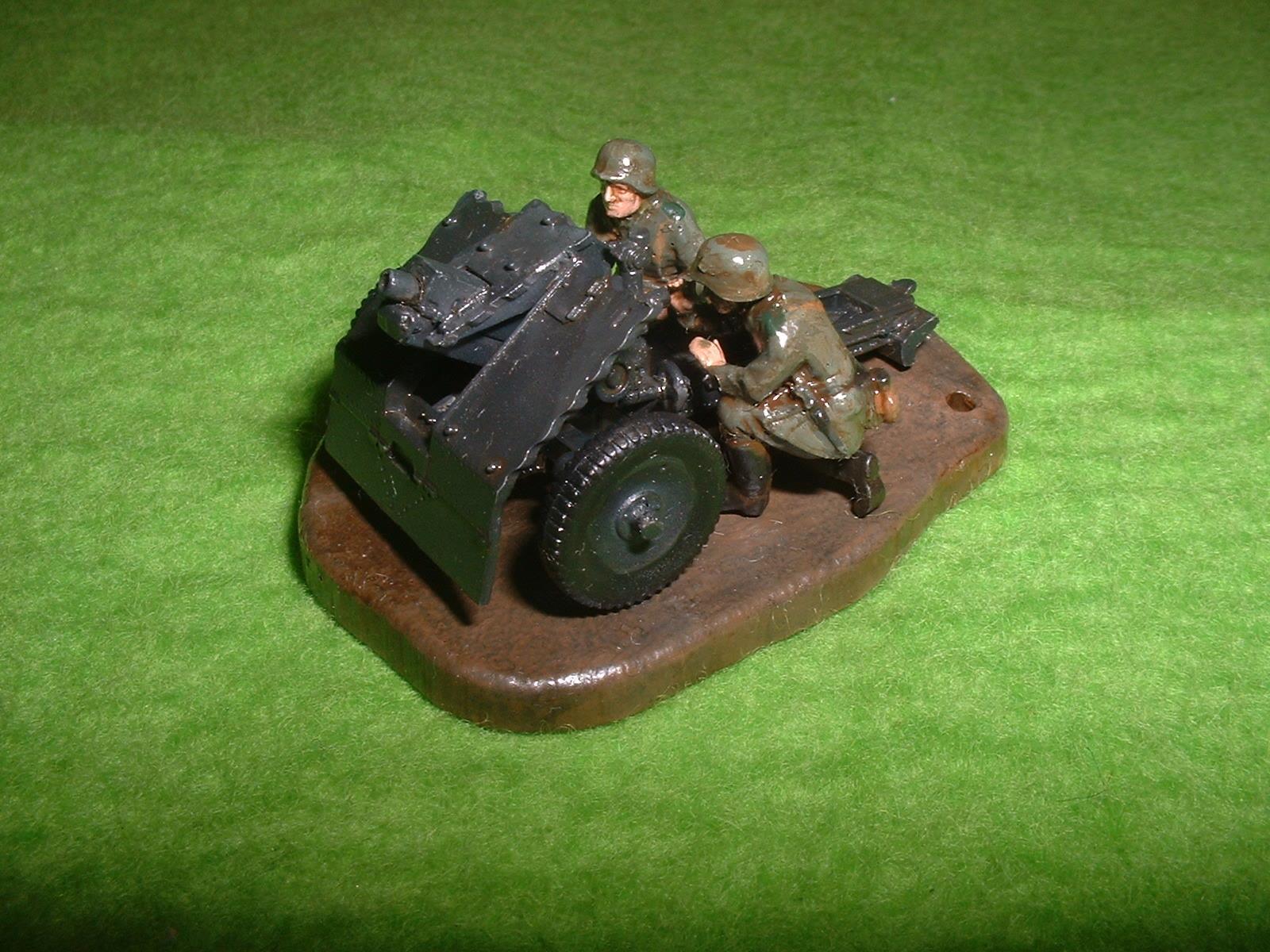 2016年02月14日完成 ZVEZDA  172  No6156「WW2 ナチスドイツ 75㎜歩兵砲」その1  (2).JPG