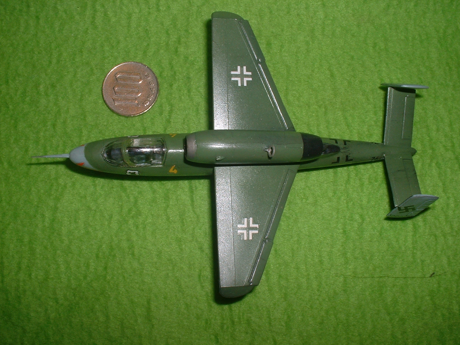 2016年08 月11日完成 リンドバーク72分の1「ハインケル He162 」その2.JPG