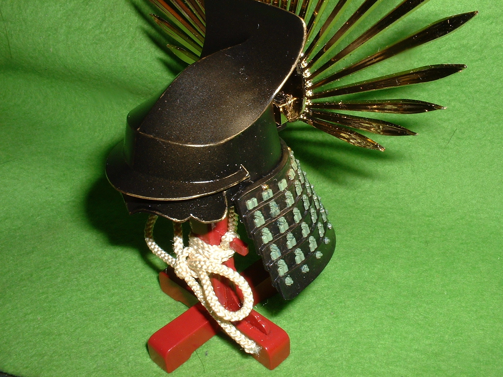 4分の1 相原・緑商会 豊臣秀吉の兜 完成品 鉢を斜め前から Doburoku-TAO.JPG