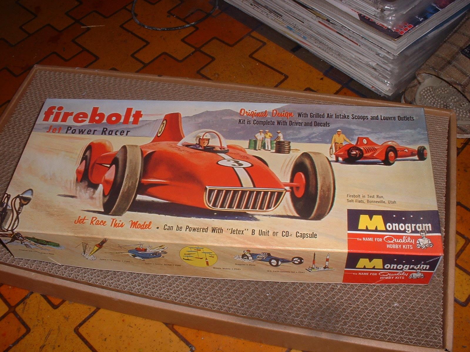 90年代後半再版 モノグラム「ファイヤーボルト」外箱.JPG