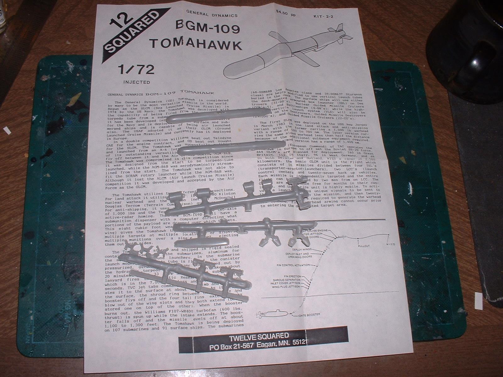 90年代購入 12SQURAD製 簡易イジェクション 72分の1「BGM-109 トマホーク」.JPG