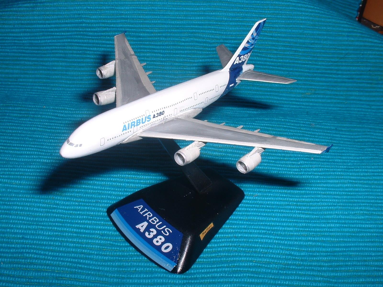 エレール 800分の1「エアバスA380 」その1.JPG