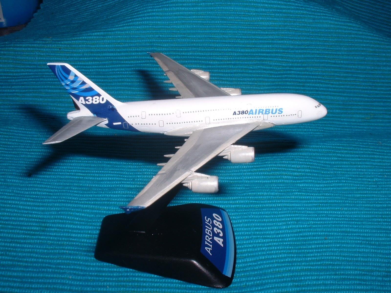 エレール 800分の1「エアバスA380 」その3.JPG