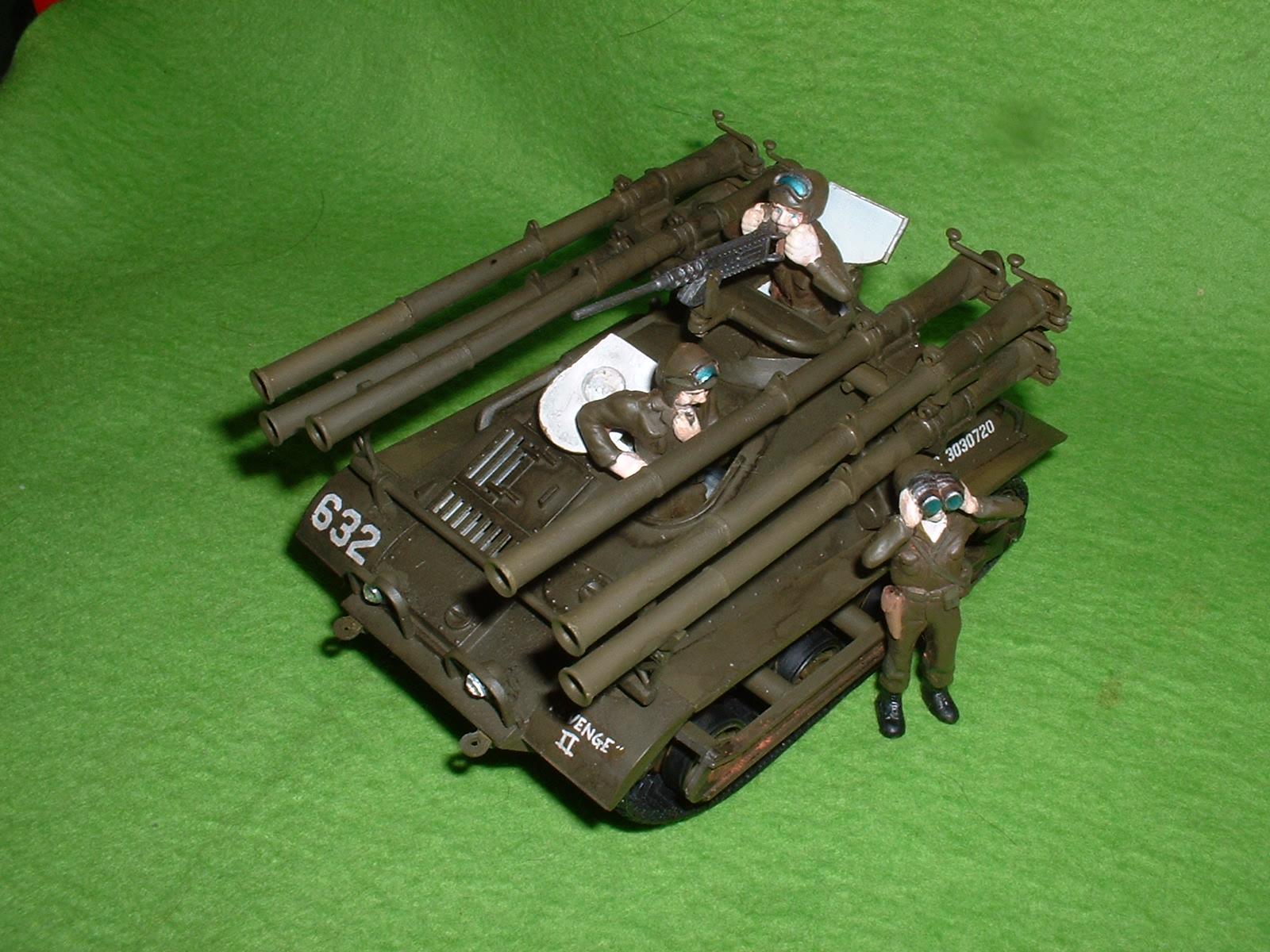 レベル社 32分の1「M-50 オントㇲ」 付属フィギィア を配置 Doburoku-TAO.JPG.JPG