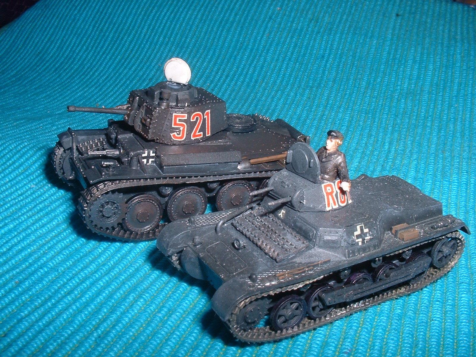 完成 フジミ 76分の1 プラガ38tと1号戦車 .JPG