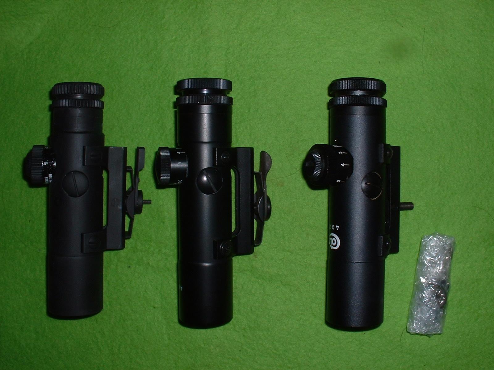 手持ちスコープ側面比較 左より LS、中国製コピー、M16用実物 Doburoku-TAO.JPG