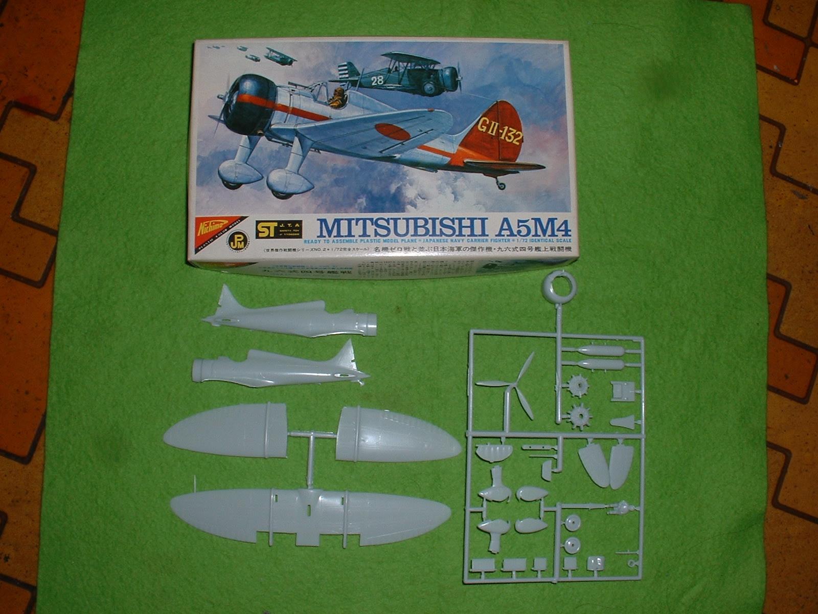 手持ち模型  日本模型 72分の1「九六艦戦」 Doburoku-TAO.JPG