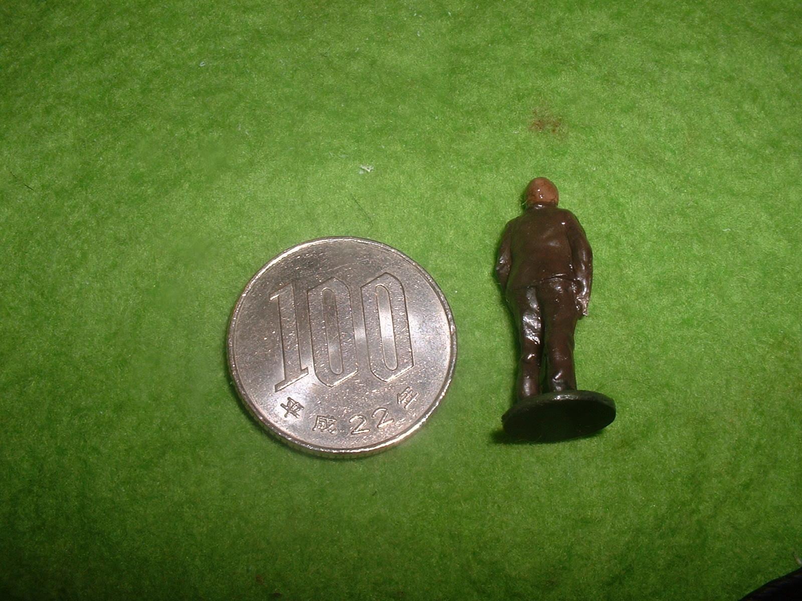 旧FROG金型72分の1 ブレリオⅪ附属人形その2.JPG
