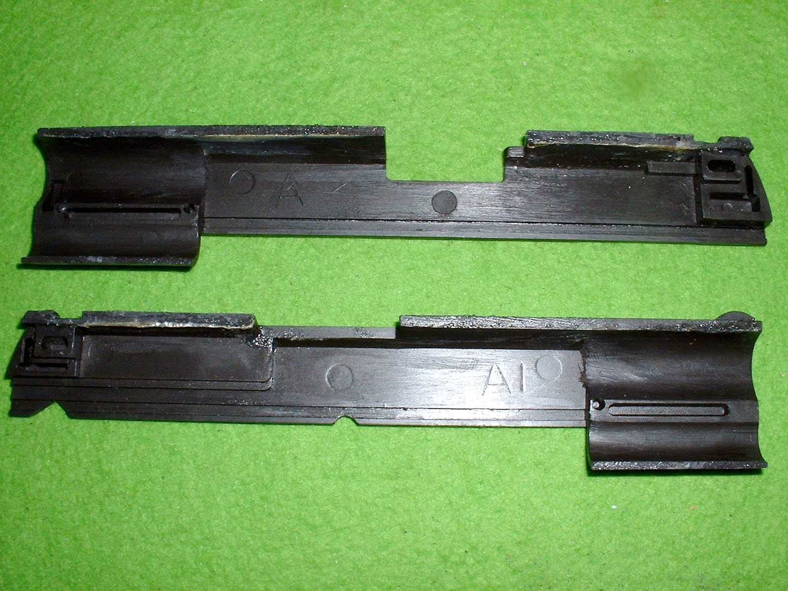 LS ガバメント スライド左側内側 A1の刻印あり Doburoku-TAO.JPG